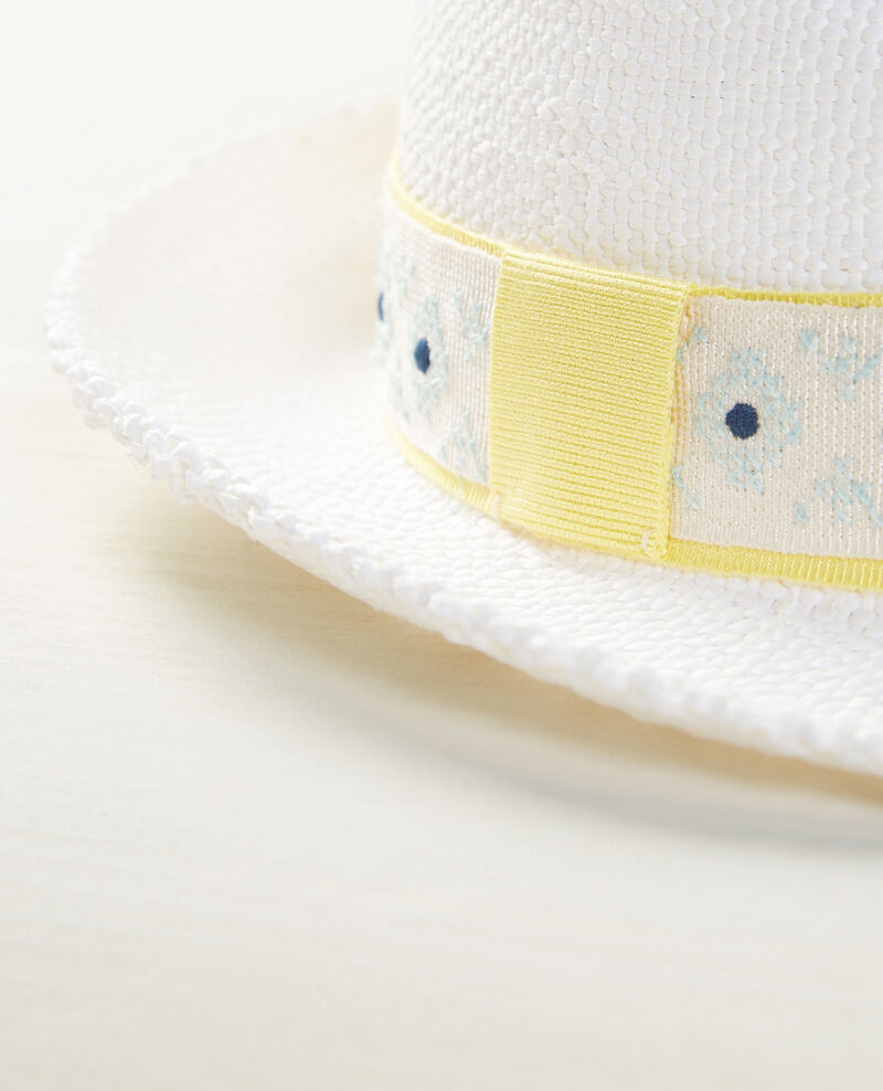 Embroidered summer hat Off white Cedora