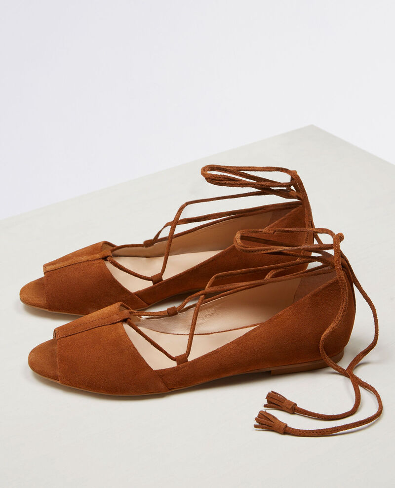 Flat, lace-up ballerina with open toe Platane Cabaret