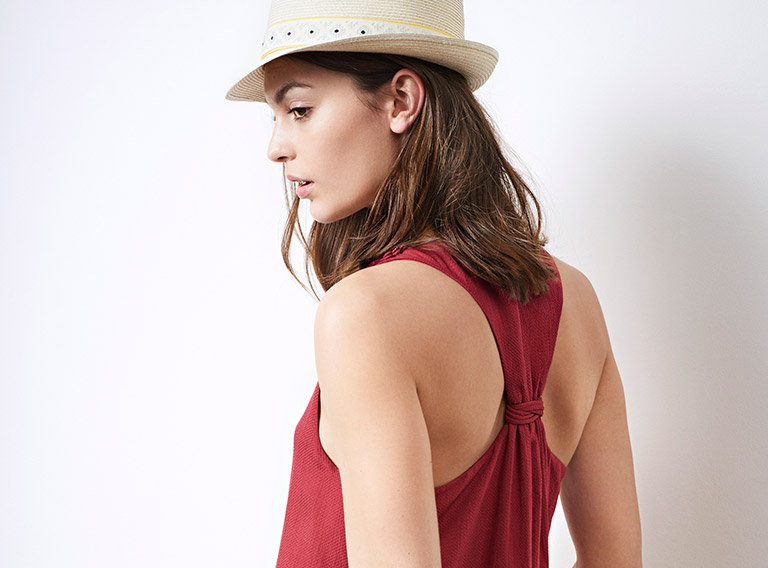 Look - Playsuit and summer hat