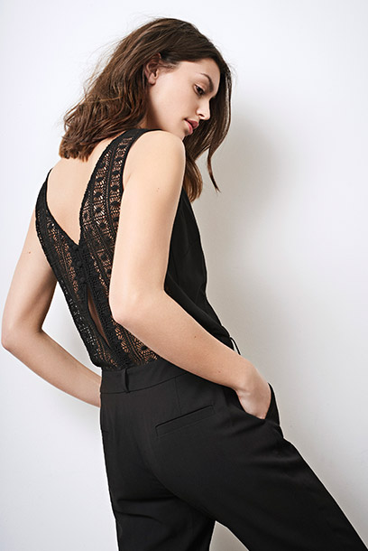 Look - Jumpsuit with guipure-lace back