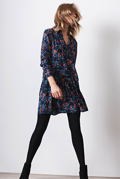 Women look - printed silk dress and boots