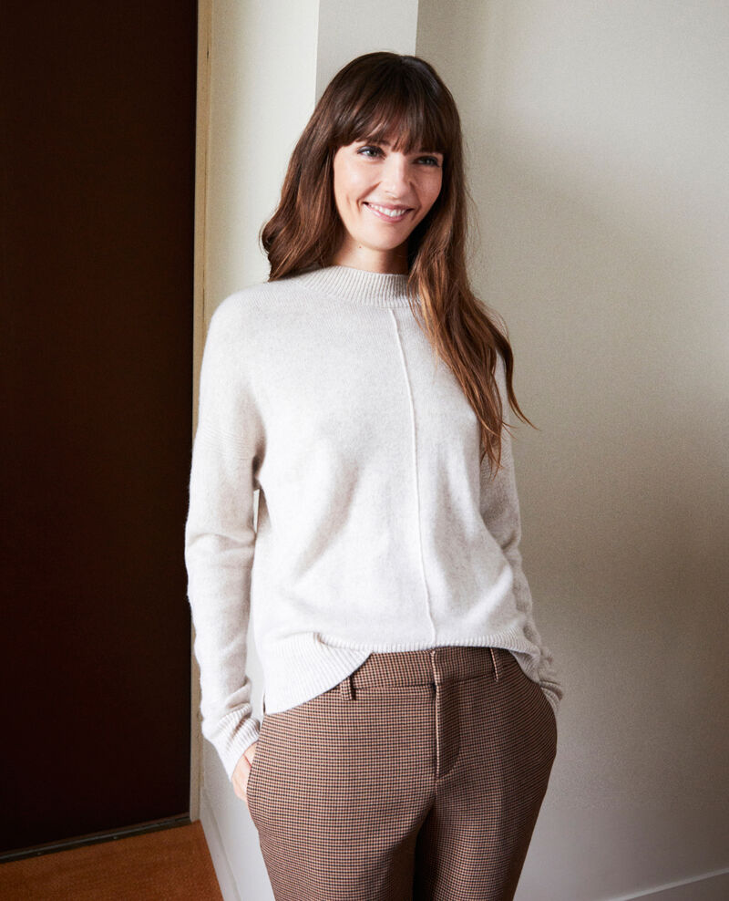 Jumper with buttons on the back 100% cashmere Buttercream Jook