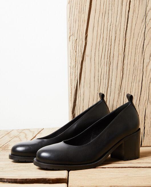 Leather heels NOIR