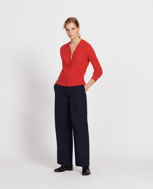 V-neck cardigan, 100% cashmere  FIERY RED