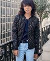 Printed pocketable puffa jacket Blossom shadow indigo/navy Fefile