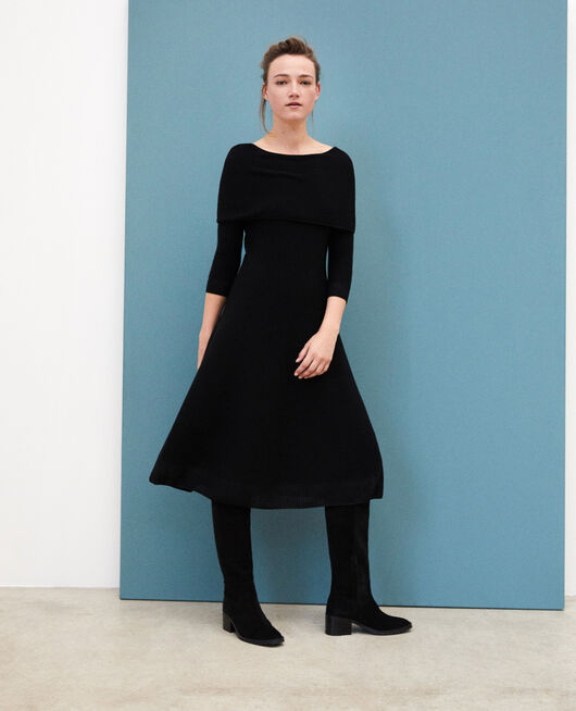Wholegarment dress with adjustable collar Black