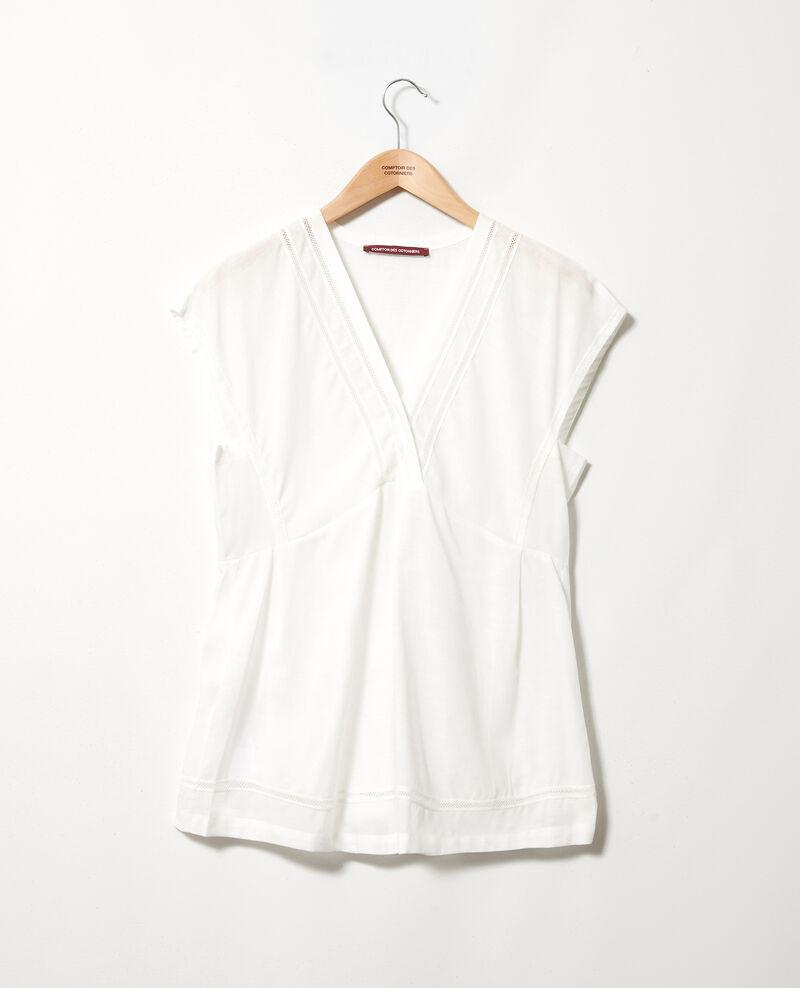 Embroidered blouse Coconut milk Jepar