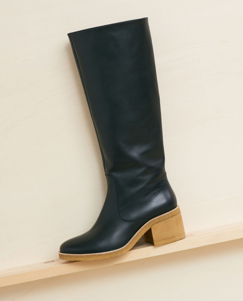 Leather boots with a crepe sole Black beauty Payenne