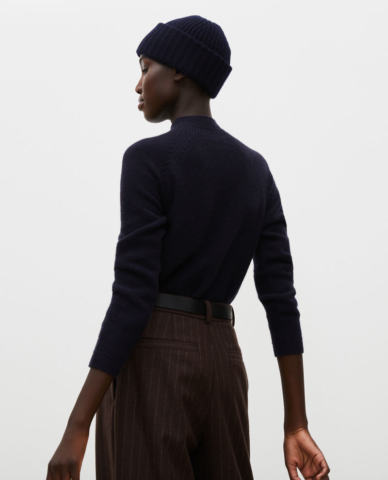 Loose 3D cashmere turtleneck jumper. Night sky Manduel