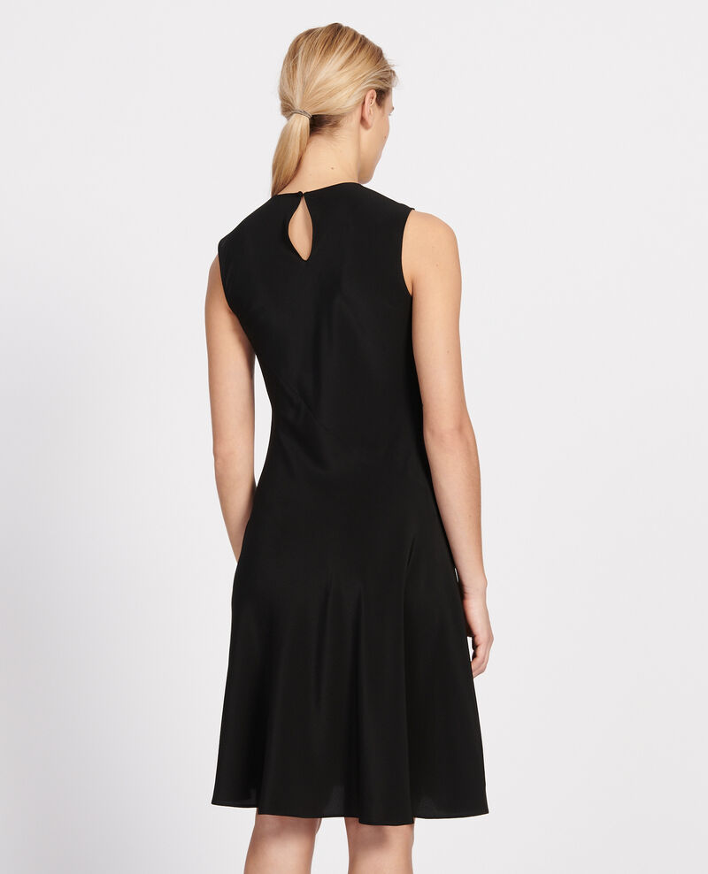 Loose dress Black beauty Leonide