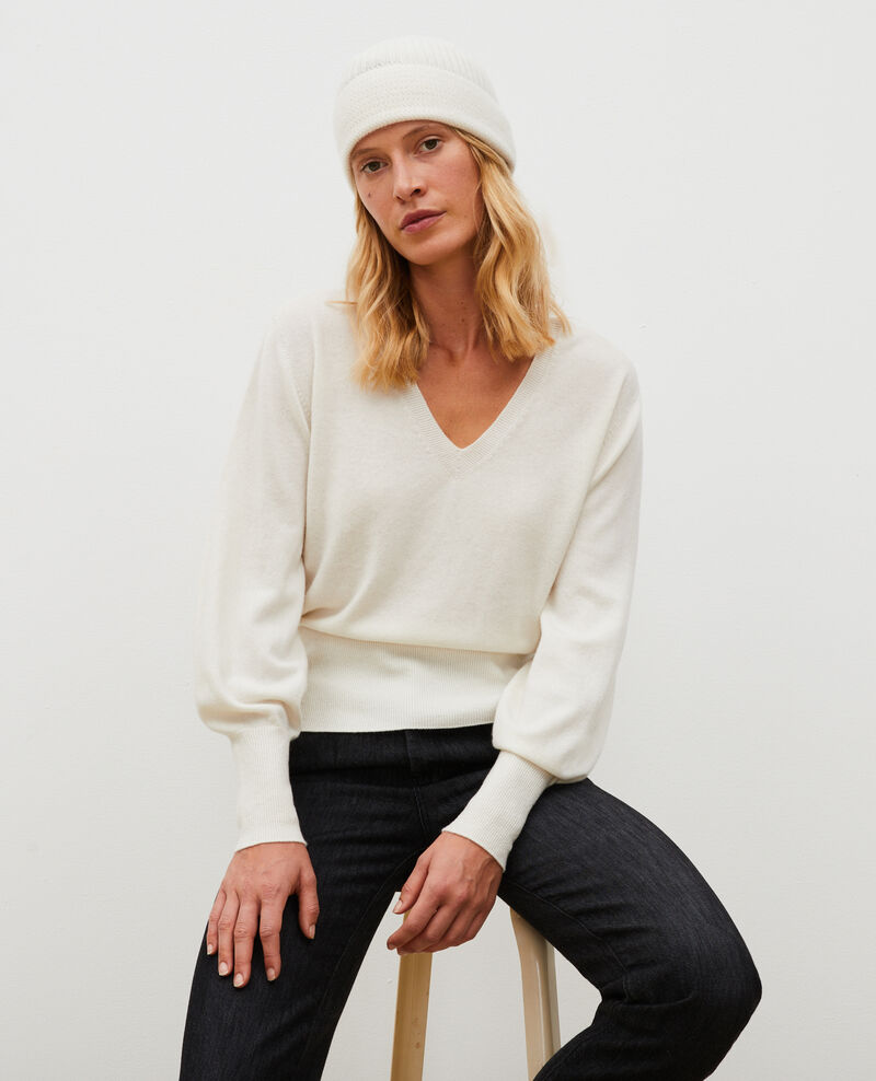 Fine 3D cashmere jumper with V-front and back Jet stream Manona