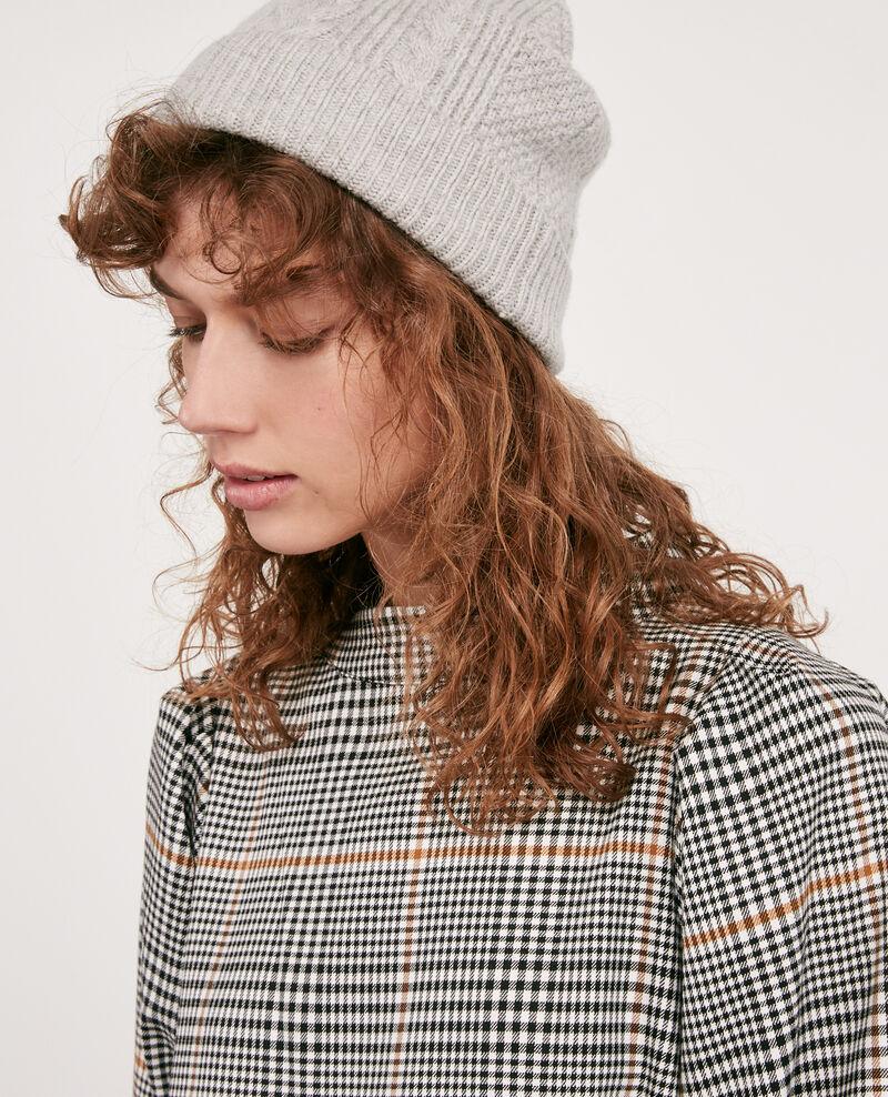 100% wool cable knit beanie Light grey Dennie
