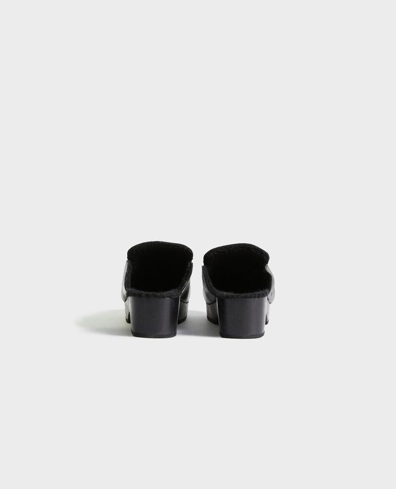 Leather clogs Black beauty Perri