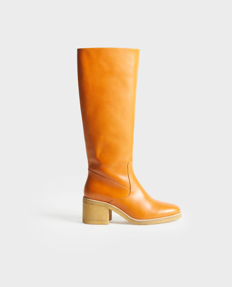 Leather boots with a crepe sole Camel Payenne
