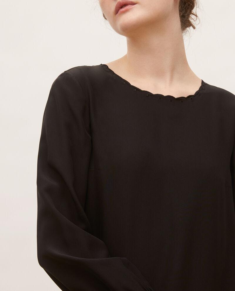 Loose mini silk dress. Black beauty Lamax