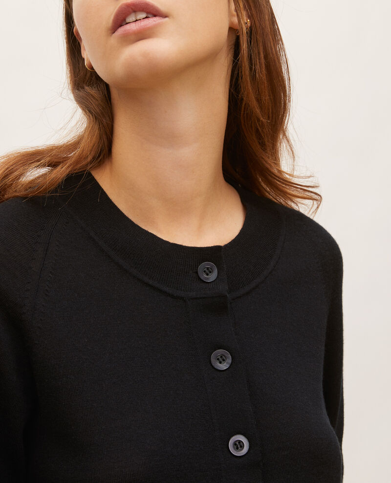 Round neck merino wool cardigan Black beauty Molinot