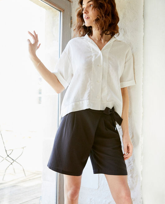 Shorts with a bow NOIR