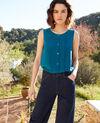 Silk vest Turquoise Icon
