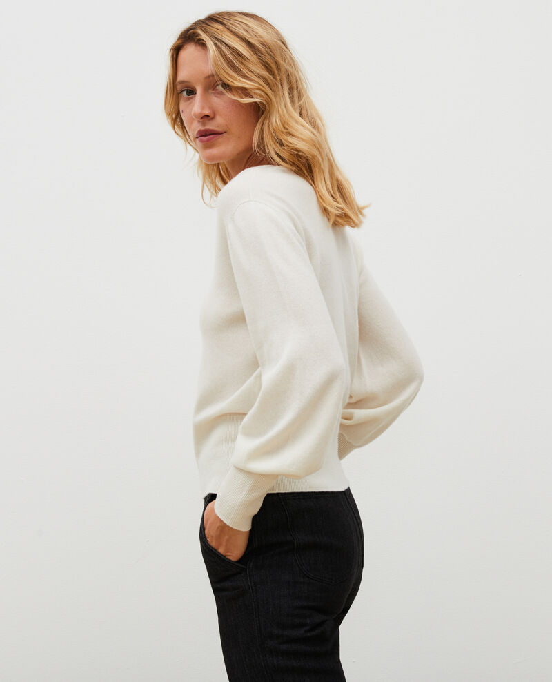 Fine 3D cashmere jumper with V-front and back Jet stream Manona