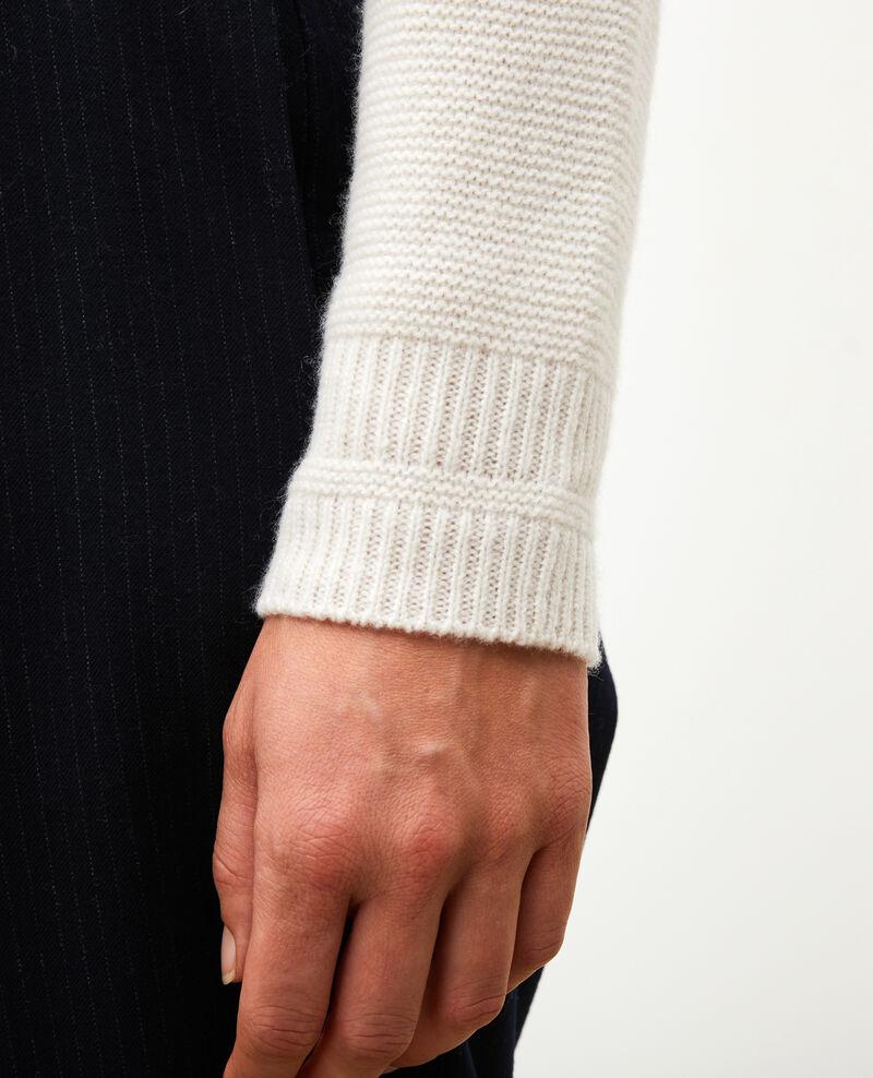 Loose 3D cashmere turtleneck jumper. Jet stream Manduel