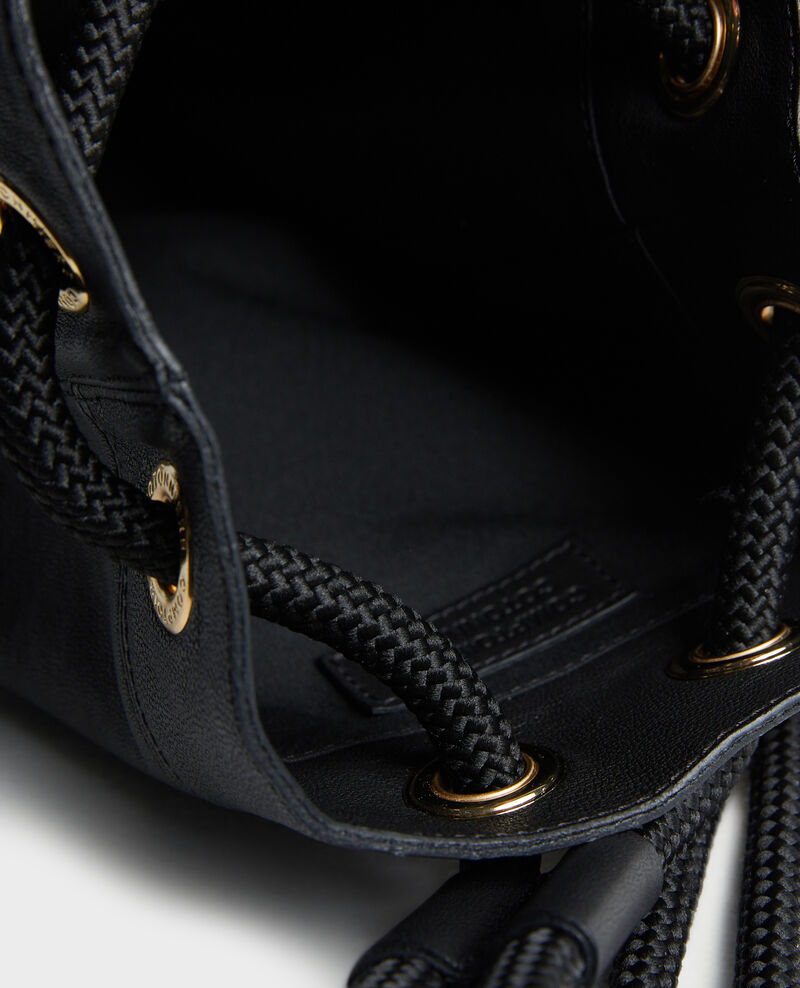 Small leather bucket bag Black beauty Mende
