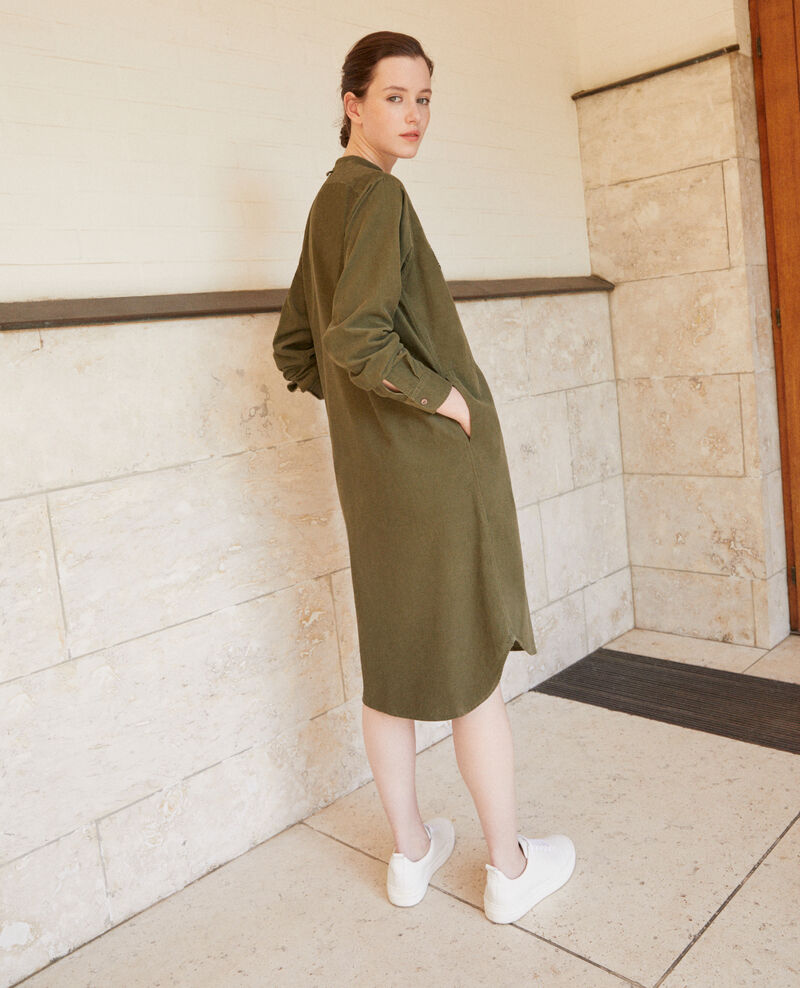 Velvet dress with mandarin collar Green Goiselle