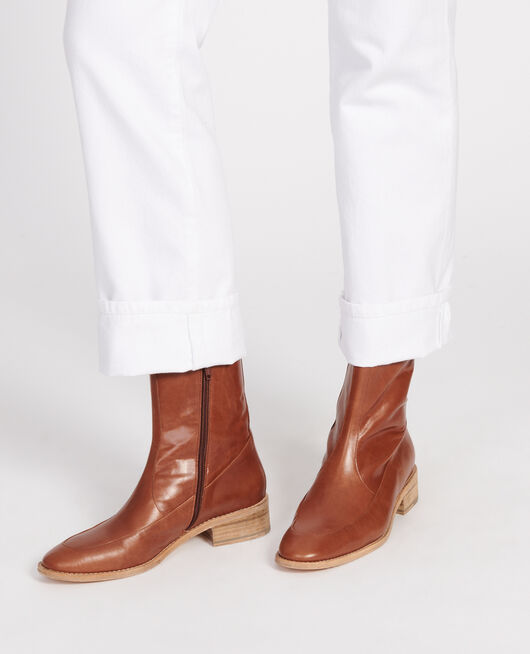 Fitted leather boots  CAMEL