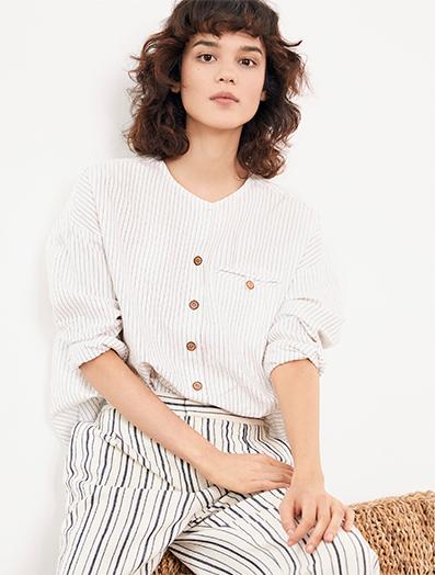 Look femme - Doudoune et jeans droit